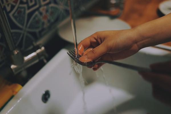 come risparmiare: 8 regole per risparmiare con la lavastoviglie